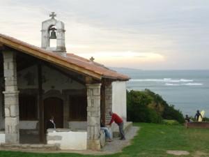 Ermita entre Bidart y Guétary, Côte Basque.