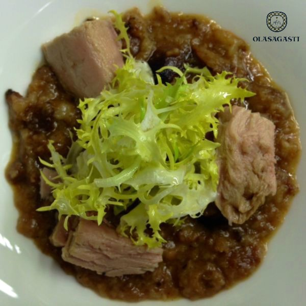 Combatir el frío con un plato caliente es fácil: sopa de ajos con atún bio. Receta sin gluten