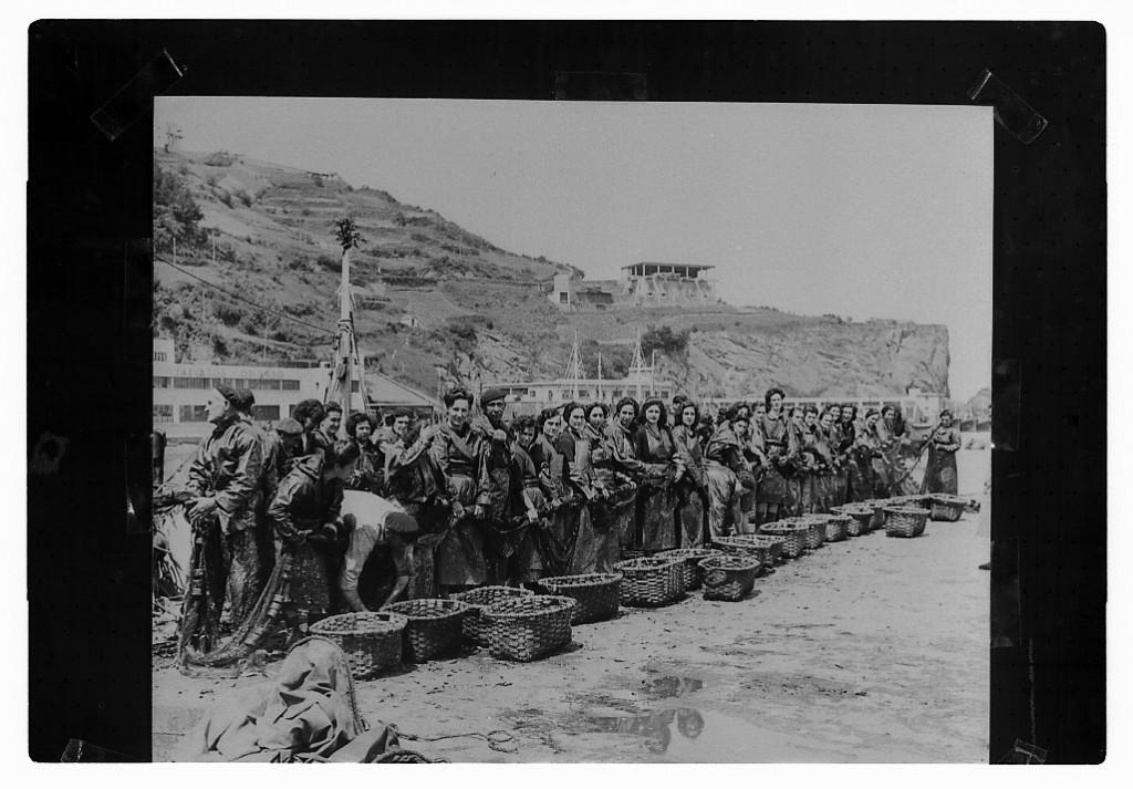 La familia Olasagasti, muy unida a los puertos del mar Cantábrico