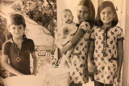 la familia olasagasti: Matteo, Pilar, Cristina y Consuelo.