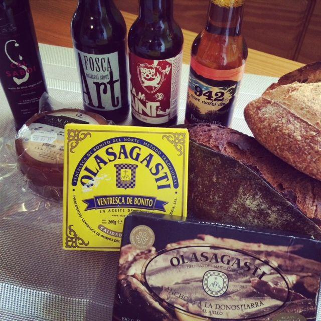 onservas-olasagasti-receta-tostas-anchoas-ajillo-olasagasti-ventresca-bonito-del-norte-cerveza-artesana
