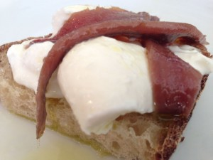 conservas_olasagasti_anchovy_spanish_tapa_mozzarella_cooking