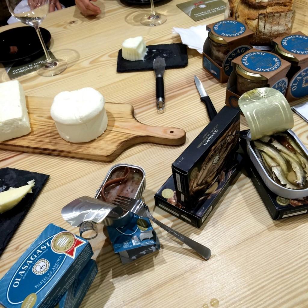 conservas-olasagasti-anchoas-cantabrico-queso-condeduque-panic-pan-artesano