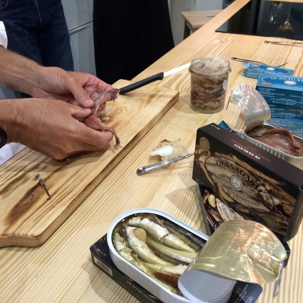 conservas-olasagasti-anchoas-y-quesos-anchoa-salazon-matteo-orlando-maridaje-perfecto-conde-duque-dentici