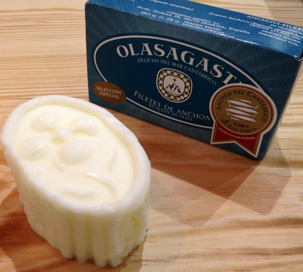 Olasagasti y Cantagrullas en el encuentro de quesos frescos y anchoa en conserva
