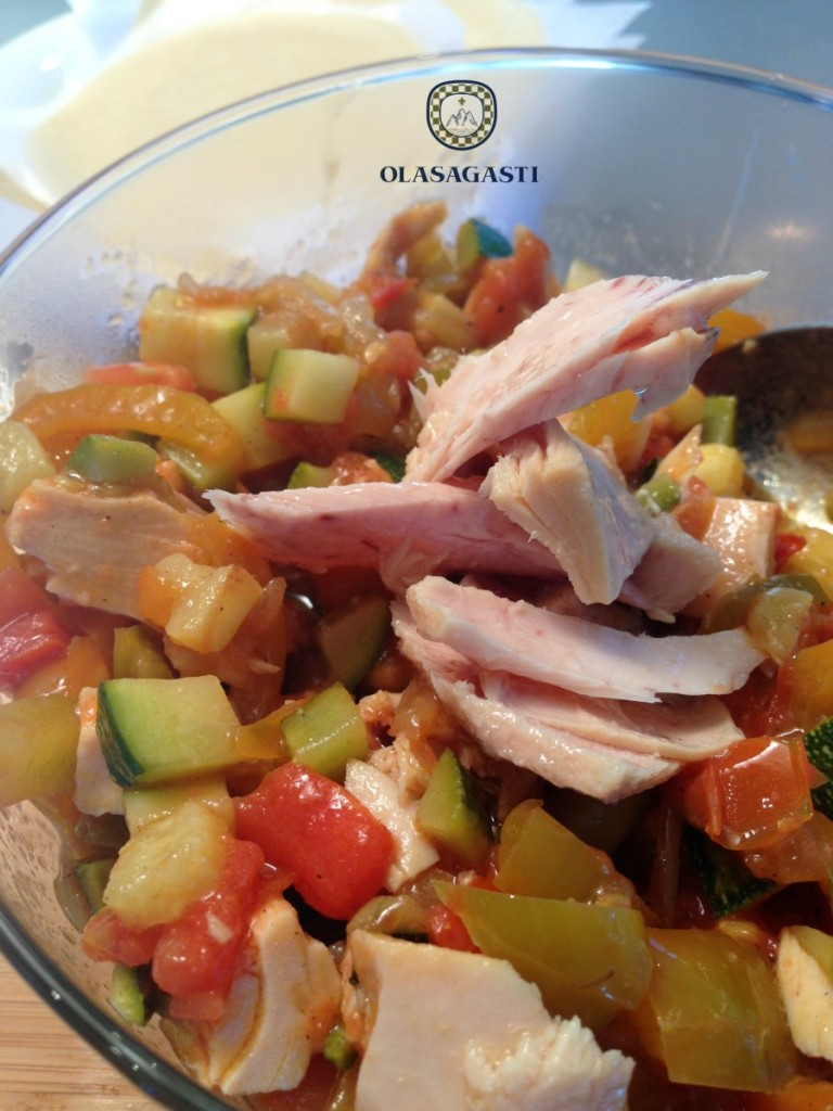 relleno de atún y verduras para las empanadillas Olasagasti