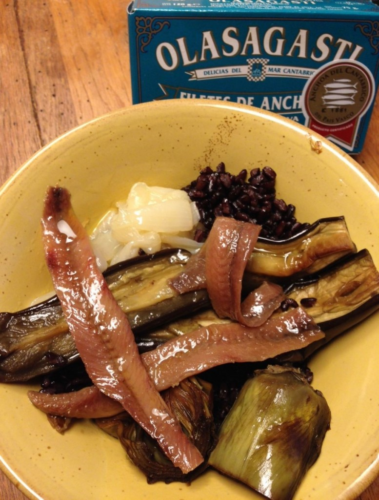 Rice, vegetables and anchovies: 5 ideas basque tuna anchovies.