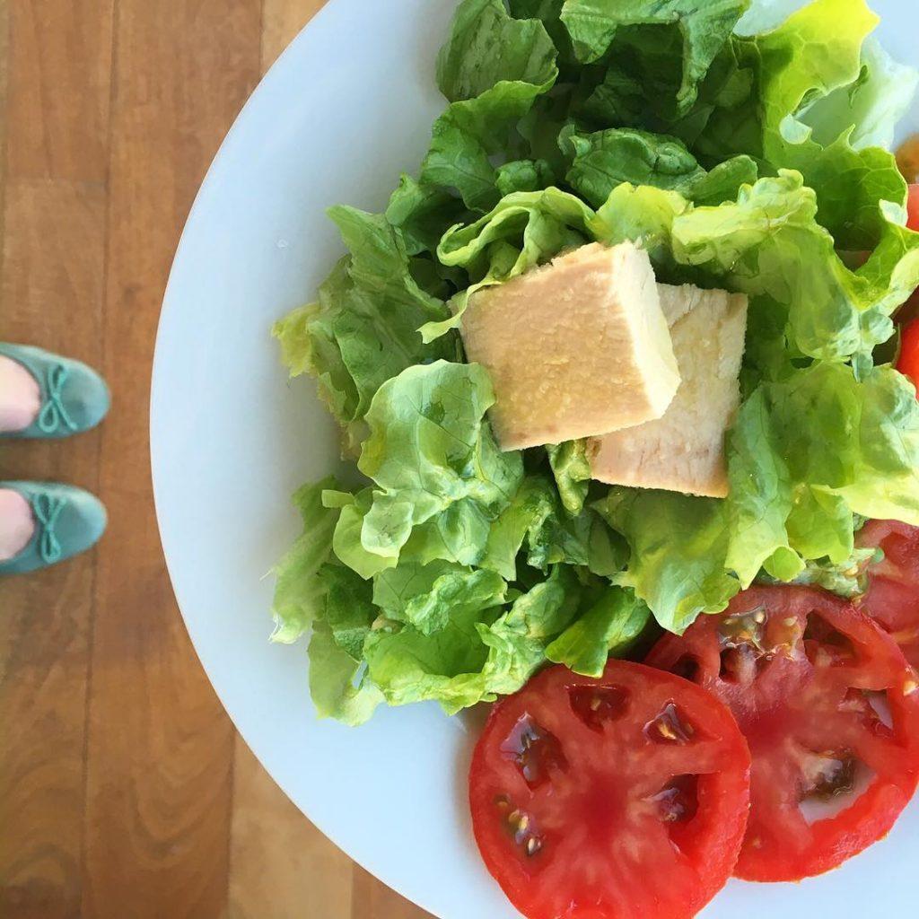 ensalada mixta olasagasti con bonito del norte en conserva
