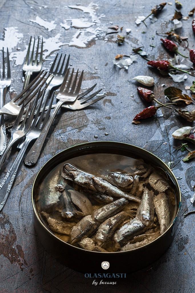 Anchoas al ajillo Olasagasti para la focaccia de anchoas a la donostiarra