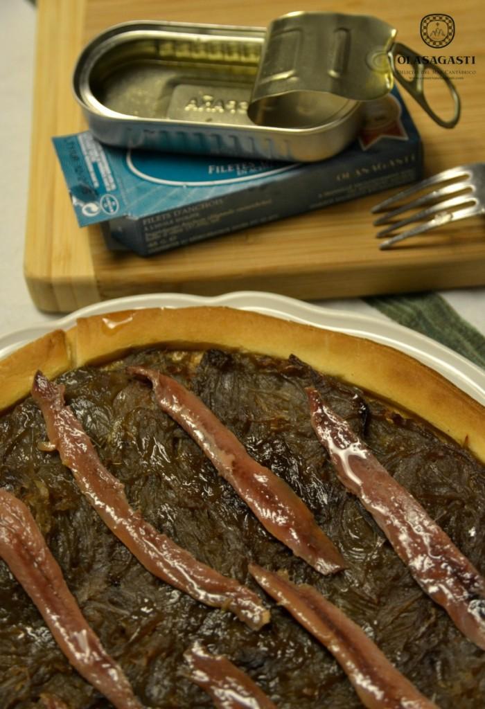 filetes de anchoa del Cantábrico para la pissaladière Olasagasti