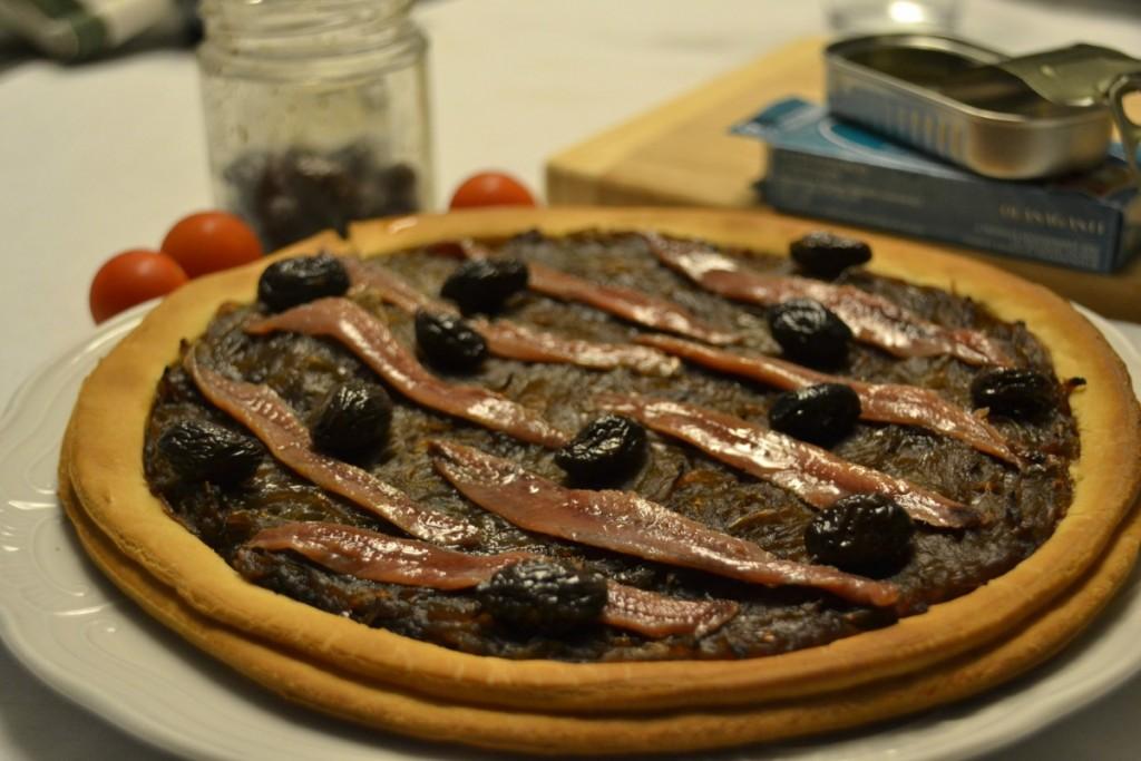 Pissaladière Olasagasti con filetes de anchoa del Cantábrico