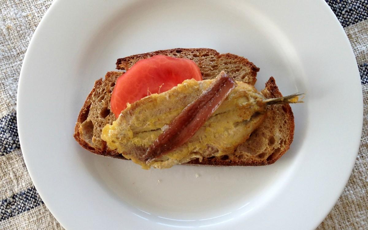 conservas-olasagasti-filete-anchoa-cantabrico-sobre-anchoa-fresca-dentici