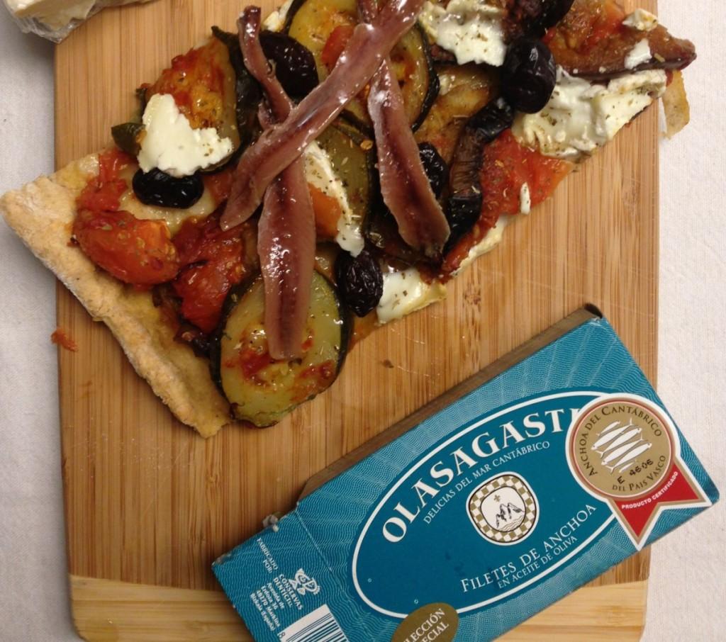 conservas-olasagasti-semiconserva-de-anchoa-del-cantabrico-filetes-de-anchoa-sobre-pizza