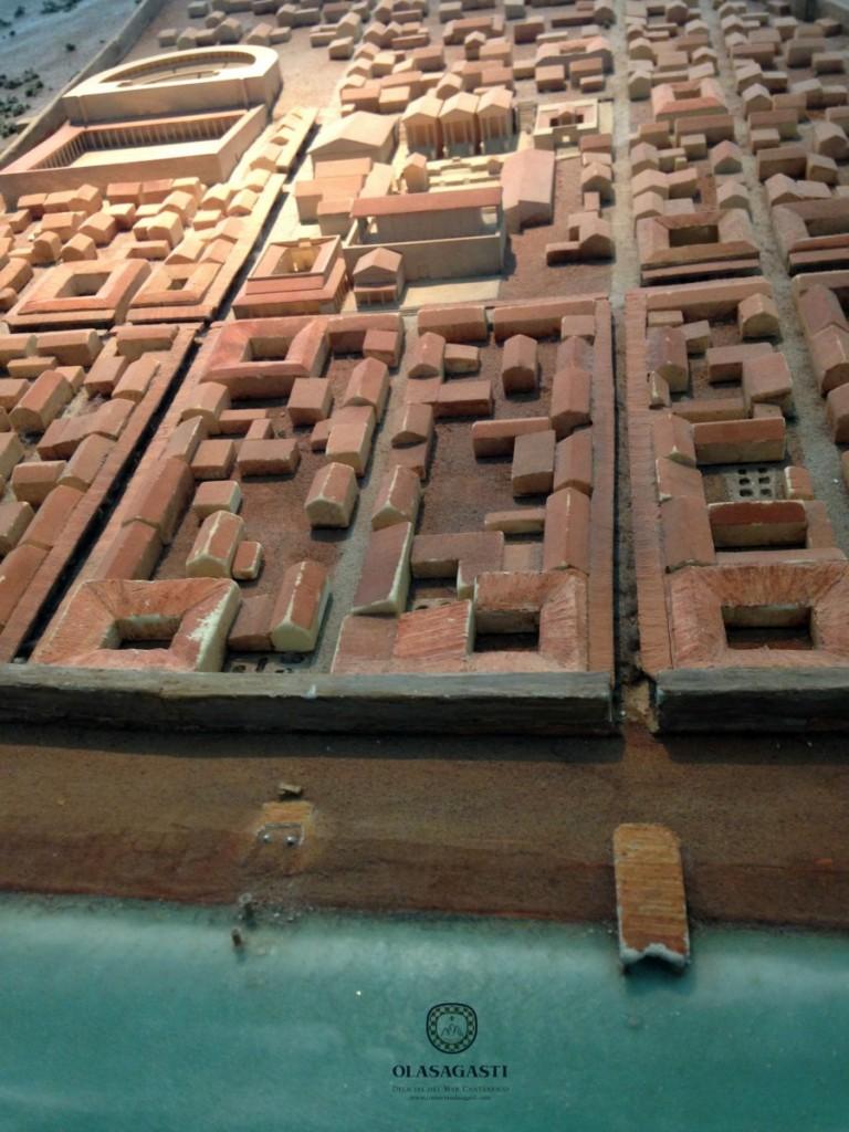 Maqueta de la ciudad romana de Bolonia que vivía del atún rojo