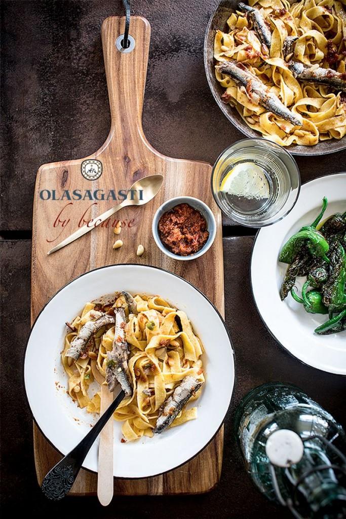 conservas-olasagasti-receta-because-pasta-anchoas-cantabrico-donostiarra-tallarines