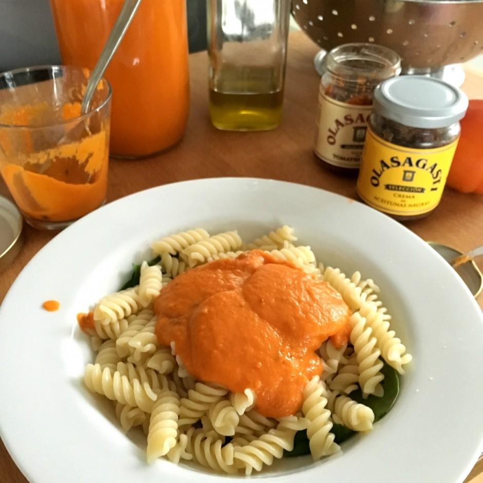 helices-con-tomate-salsa-mediterranea-olasagasti-pasta-conservas-receta