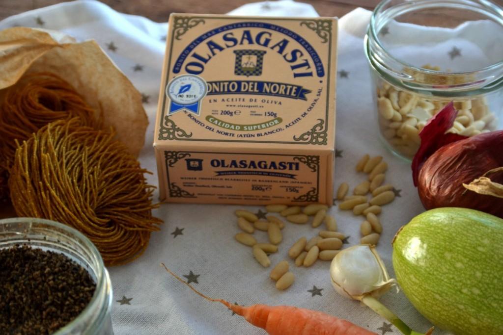 novia vegana verduras piñones,pasta y bonito del norte para mí