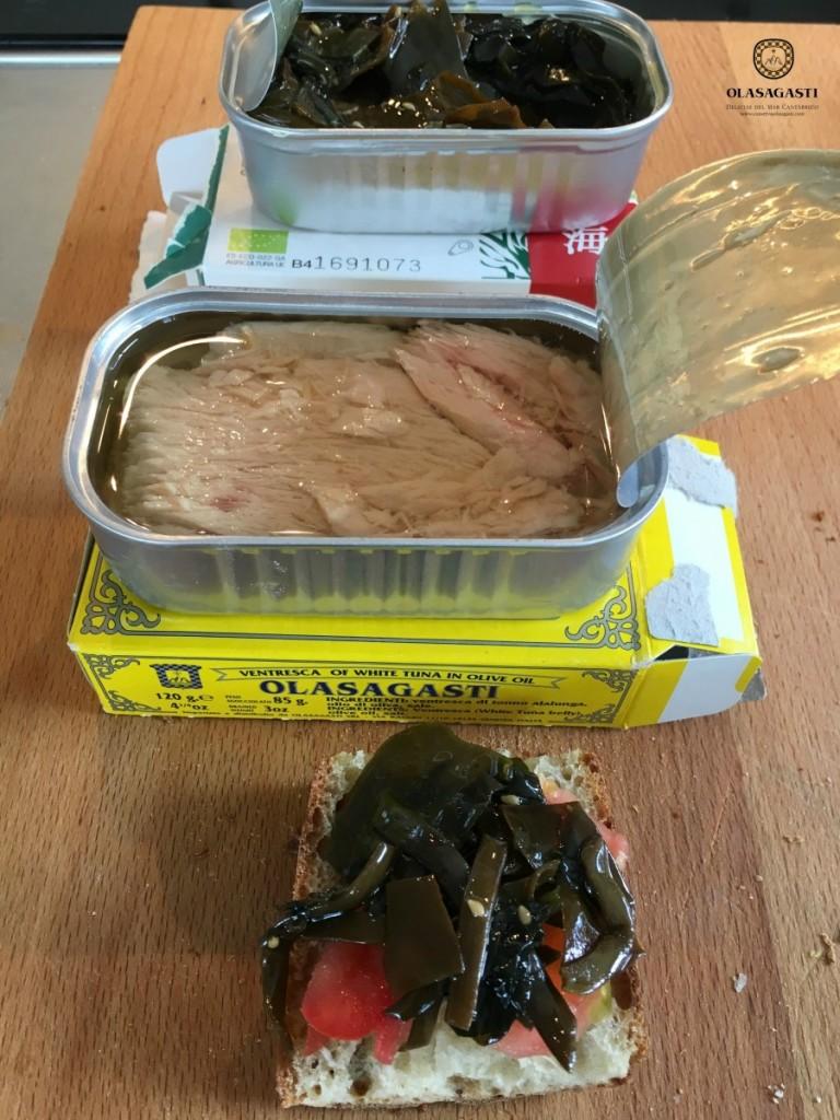 elaboración de la tapa de algas y ventresca