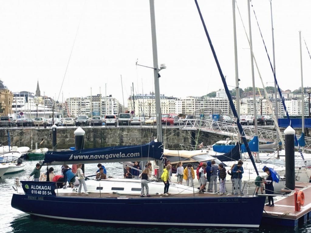 Velero Navegavela en el día Europeo del Mar