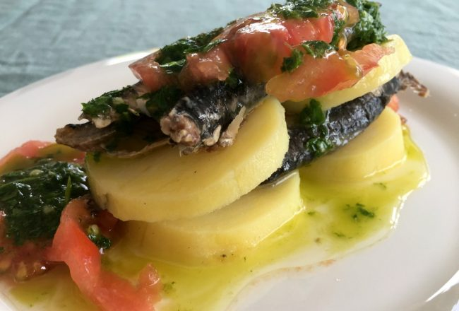 receta marinera con anchoas al ajillo típica de Vernazza
