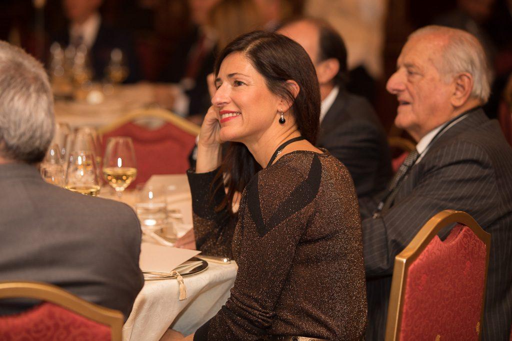 Marta Olass en la cena con motivo del premio a la mejor empresa española en italia