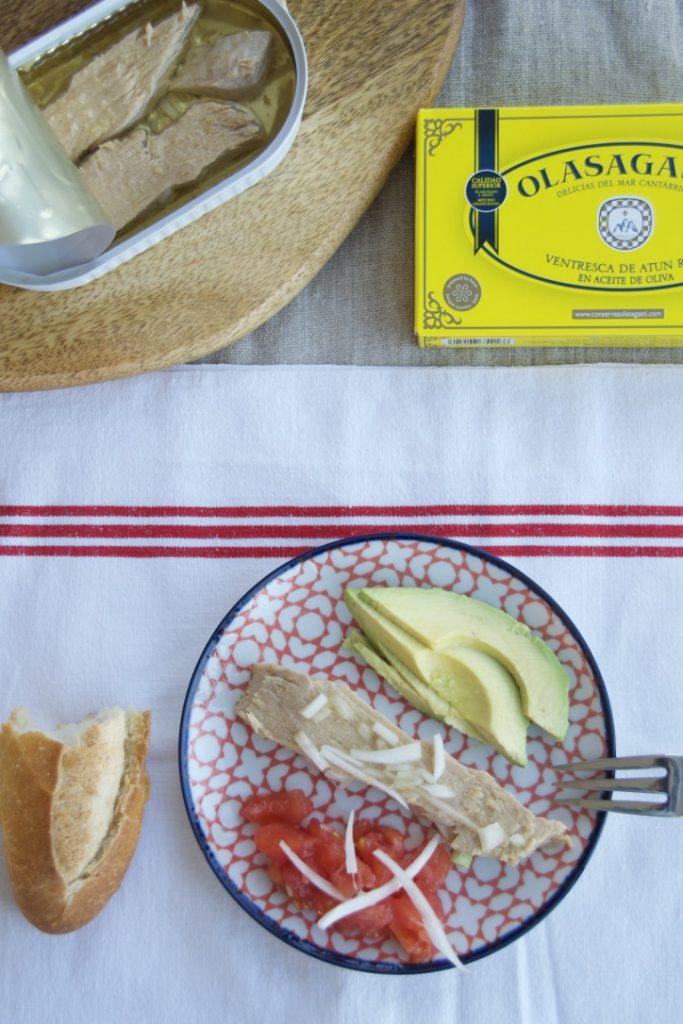 Ventresca de atún rojo Olasagasti en ensalada.